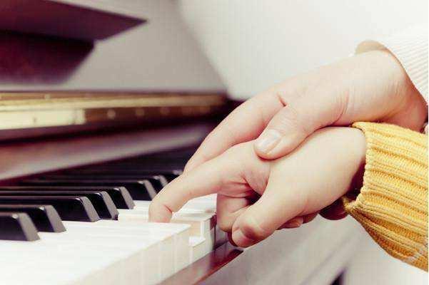 钢琴培训机构怎么选?钢琴培训来告诉您!